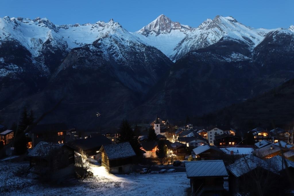 Dorf Unterbäch Nacht
