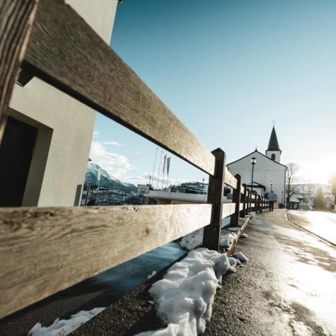 Dorf Unterbäch mit Kirche