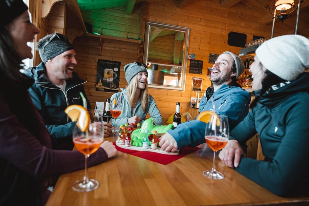 Après-Ski Bar Wolfshöhle Unterbäch